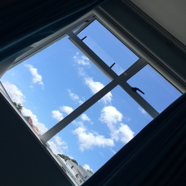 sky-from-bed